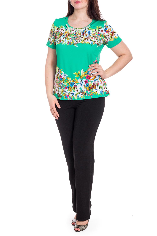 БлузкаБлузки<br>Цветная блузка с короткими рукавами. Модель выполнена из приятного трикотажа. Отличный выбор для повседневного гардероба.   В изделии использованы цвета: зеленый и др.  Рост девушки-фотомодели 180 см.<br><br>Горловина: С- горловина<br>По материалу: Трикотаж<br>По рисунку: Растительные мотивы,С принтом,Цветные,Цветочные<br>По сезону: Весна,Зима,Лето,Осень,Всесезон<br>По силуэту: Полуприталенные<br>По стилю: Летний стиль,Повседневный стиль<br>По элементам: С декором<br>Рукав: Короткий рукав<br>Размер : 48,50,52,58<br>Материал: Холодное масло<br>Количество в наличии: 4