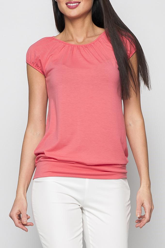 БлузкаБлузки<br>Замечательная блузка с короткими рукавами. Модель выполнена из приятного материала. Отличный выбор для повседневного гардероба.  Параметры изделия:  44 размер: обхват груди - 102 см, длина изделия - 62 см;  52 размер: обхват груди - 120 см, длина изделия - 63 см.  Цвет: коралловый  Рост девушки-фотомодели 175 см<br><br>Горловина: С- горловина<br>По материалу: Вискоза,Трикотаж<br>По образу: Город,Свидание<br>По рисунку: Однотонные<br>По сезону: Весна,Зима,Лето,Осень,Всесезон<br>По силуэту: Полуприталенные<br>По стилю: Повседневный стиль<br>Рукав: Короткий рукав<br>Размер : 42,44,46,48,50,52,54,56<br>Материал: Трикотаж<br>Количество в наличии: 4