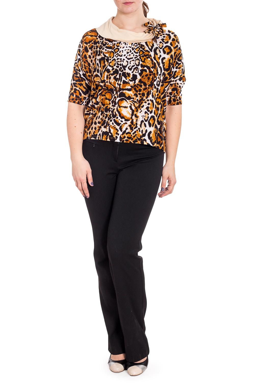 ФутболкаБлузки<br>Цветная футболка с леопардовым принтом. Модель выполнена из приятного материала. Отличный выбор для повседневного гардероба.  В изделии использованы цвета: бежевый, коричневый и др.  Рост девушки-фотомодели 180 см.<br><br>Горловина: С- горловина<br>По материалу: Трикотаж,Хлопок<br>По рисунку: Животные мотивы,Леопард,С принтом,Цветные<br>По сезону: Весна,Зима,Лето,Осень,Всесезон<br>По силуэту: Полуприталенные<br>По стилю: Повседневный стиль<br>По элементам: С декором<br>Рукав: До локтя<br>Размер : 50-52<br>Материал: Трикотаж<br>Количество в наличии: 1