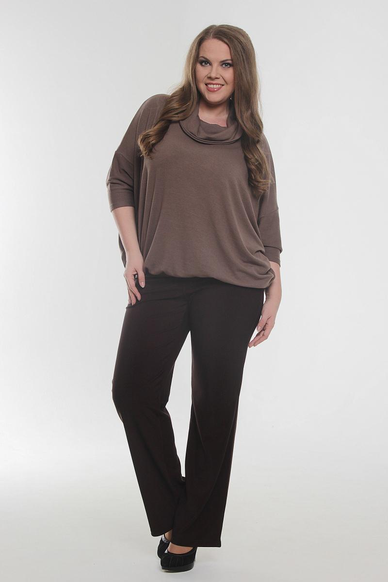 БлузкаБлузки<br>Однотонная блузка свободного силуэта с рукавами 3/4. Модель выполнена из приятного материала. Отличный выбор для повседневного гардероба.  Цвет: коричневый  Рост девушки-фотомодели 170 см.<br><br>По образу: Свидание,Город,Офис<br>По стилю: Офисный стиль,Повседневный стиль<br>По материалу: Вискоза,Трикотаж<br>По рисунку: Однотонные<br>По сезону: Осень,Всесезон,Весна,Зима,Лето<br>По силуэту: Свободные<br>По элементам: С манжетами<br>Воротник: Хомут<br>Рукав: Рукав три четверти<br>Размер: 52-54,56-58,60-62,64-66<br>Материал: 95% вискоза 5% полиэстер<br>Количество в наличии: 2