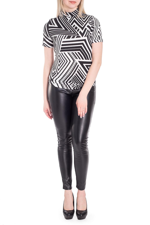 ДжемперБлузки<br>Цветная блузка с геометрическим принтом. Модель выполнена из приятного материала. Отличный выбор для повседневного гардероба.  В изделии использованы цвета: черный, белый  Рост девушки-фотомодели 170 см.<br><br>Воротник: Стойка<br>По материалу: Вискоза<br>По рисунку: Геометрия,С принтом,Цветные<br>По сезону: Весна,Зима,Лето,Осень,Всесезон<br>По силуэту: Приталенные<br>По стилю: Повседневный стиль<br>Рукав: Короткий рукав<br>Размер : 44<br>Материал: Вискоза<br>Количество в наличии: 1