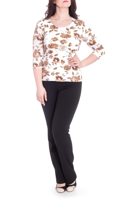 БлузкаБлузки<br>Универсальная блузка с круглой горловиной и рукавами 3/4. Модель выполнена из приятного материала. Отличный вариант для повседневного гардероба.  В изделии использованы цвета: белый, бежевый, коричневый  Рост девушки-фотомодели 180 см<br><br>Горловина: С- горловина<br>По материалу: Трикотаж<br>По рисунку: Растительные мотивы,С принтом,Цветные,Цветочные<br>По сезону: Весна,Зима,Лето,Осень,Всесезон<br>По силуэту: Приталенные<br>По стилю: Повседневный стиль<br>Рукав: Рукав три четверти<br>Размер : 48,52,54<br>Материал: Трикотаж<br>Количество в наличии: 3