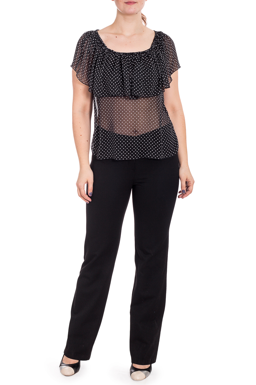 БлузкаБлузки<br>Изумительная женственнная блузка с короткими рукавами. Модель станет прекрасной составляющей Вашего модного гардероба.  В изделии использованы цвета: черный, белый  Рост девушки-фотомодели 180 см<br><br>Горловина: С- горловина<br>По материалу: Шифон<br>По рисунку: В горошек,С принтом,Цветные<br>По сезону: Весна,Зима,Лето,Осень,Всесезон<br>По силуэту: Полуприталенные<br>По стилю: Повседневный стиль,Летний стиль<br>По элементам: С воланами и рюшами<br>Рукав: Короткий рукав<br>Размер : 52<br>Материал: Шифон<br>Количество в наличии: 1