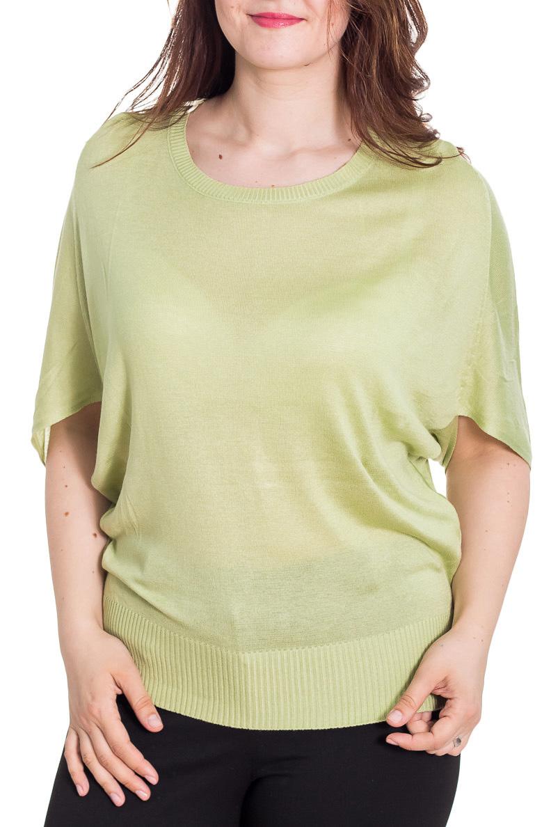 БлузкаБлузки<br>Великолепная блузка свободного силуэта. Модель выполнена из мягкой вискозы. Отличный выбор для повседневного гардероба.  Цвет: светло-зеленый  Рост девушки-фотомодели 180 см<br><br>Горловина: С- горловина<br>По материалу: Вискоза,Трикотаж<br>По рисунку: Однотонные<br>По сезону: Весна,Зима,Лето,Осень,Всесезон<br>По силуэту: Свободные<br>По стилю: Повседневный стиль<br>Рукав: До локтя<br>Размер : 52-54<br>Материал: Трикотаж<br>Количество в наличии: 1