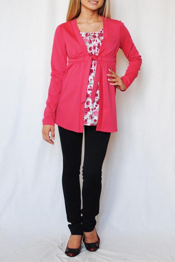 БлузкаБлузки<br>Великолепная блузка-двойка, выполнено из мягкого, шелковистого на ощупь, эластичного трикотажного полотна с содержанием шерсти. Центральная вставка имитирует блузку с цветным принтом, верхняя часть которой собрана на резинку венгерку, что позволяет носить блузку на любом сроке беременности и после родов. Сверху имитация кардигана на завязках под грудью. Эта модель займёт достойное место в вашем гардеробе, как для повседневной жизни, так и для деловых встреч.  В изделии использованы цвета: коралловый, белый  Параметры для 42 размера:  Длина изделия по спинке 68 см Длина рукава 61 см  Ростовка изделия 170 см<br><br>Горловина: С- горловина<br>По материалу: Вискоза<br>По рисунку: Растительные мотивы,С принтом,Цветные,Цветочные<br>По сезону: Весна,Зима,Лето,Осень,Всесезон<br>По силуэту: Полуприталенные<br>По стилю: Повседневный стиль<br>Рукав: Длинный рукав<br>Размер : 48,50<br>Материал: Вискоза<br>Количество в наличии: 2