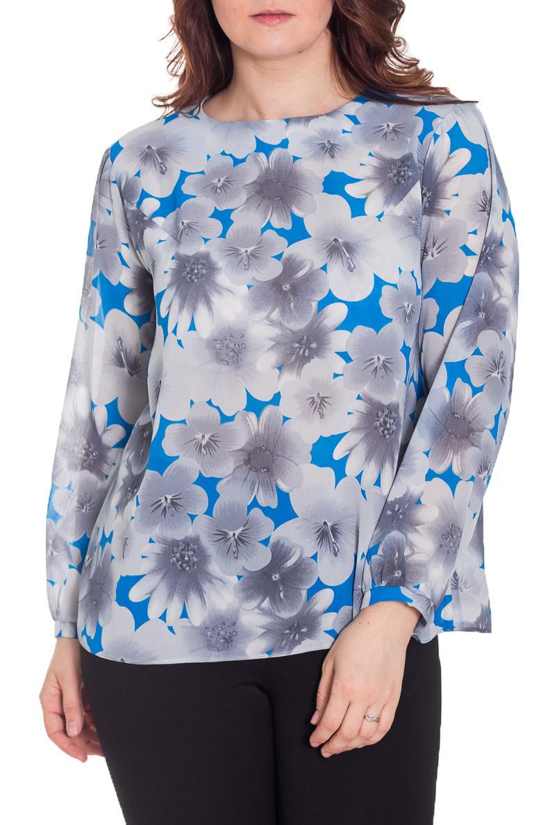 БлузкаБлузки<br>Блуза из воздушного шифона с цветочным притом прямого покроя. Модный принт и очень приятная к телу ткань делают её незаменимой в любом гардеробе.  Цвет: серый, голубой  Рост девушки-фотомодели 180 см.<br><br>Горловина: С- горловина<br>По материалу: Вискоза,Шифон<br>По рисунку: Растительные мотивы,С принтом,Цветные,Цветочные<br>По сезону: Весна,Зима,Лето,Осень,Всесезон<br>По силуэту: Прямые<br>По стилю: Повседневный стиль<br>По элементам: С манжетами<br>Рукав: Длинный рукав<br>Размер : 50,52,54<br>Материал: Шифон<br>Количество в наличии: 3