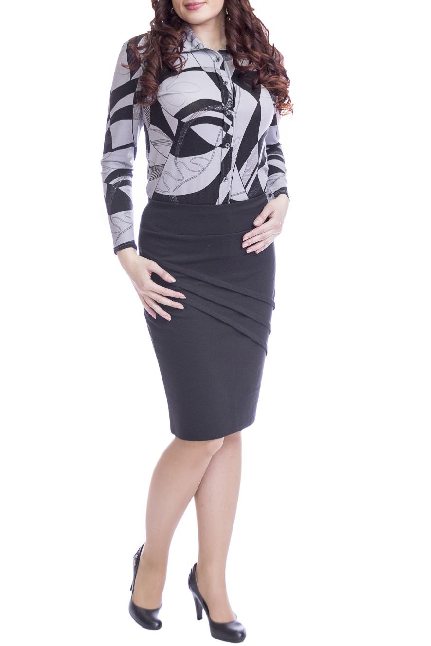 БлузкаБлузки<br>Классическая жнская блузка с длинными рукавами и застежкой на пуговицу. Модель выполнена из мягкой вискозы. Отличный выбор для любого случая.  В изделии использованы цвета: серый, черный  Рост девушки-фотомодели 170 см.<br><br>Воротник: Рубашечный<br>Застежка: С пуговицами<br>По материалу: Вискоза<br>По рисунку: С принтом,Цветные<br>По сезону: Весна,Зима,Лето,Осень,Всесезон<br>По силуэту: Приталенные<br>По стилю: Повседневный стиль<br>Рукав: Длинный рукав<br>Размер : 50<br>Материал: Вискоза<br>Количество в наличии: 1