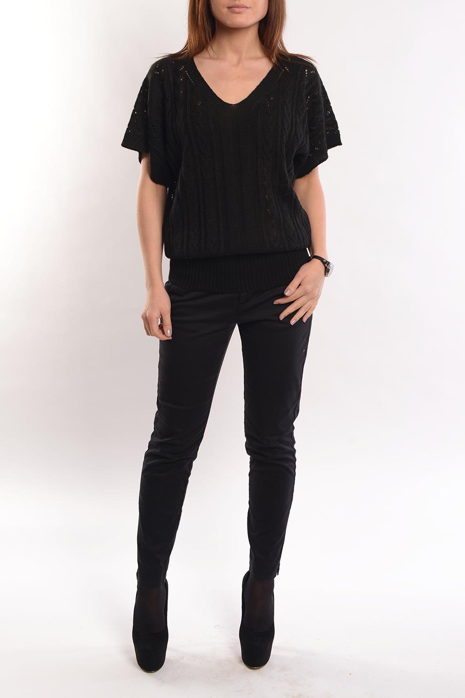 БлузкаБлузки<br>Блуза с ажурным плетение по полочкам и рукавам.  Прекрасный повседневный и, в тоже время, изысканный вариант под брюки, джинсы или юбку.  Длина изделия 59 см.   Цвет: черный  Ростовка изделия 170 см.<br><br>Горловина: V- горловина<br>По материалу: Вязаные,Трикотаж<br>По рисунку: Однотонные<br>По сезону: Весна,Зима,Лето,Осень,Всесезон<br>По силуэту: Полуприталенные<br>По стилю: Повседневный стиль<br>Рукав: Короткий рукав<br>Размер : 48-52<br>Материал: Вязаное полотно<br>Количество в наличии: 1
