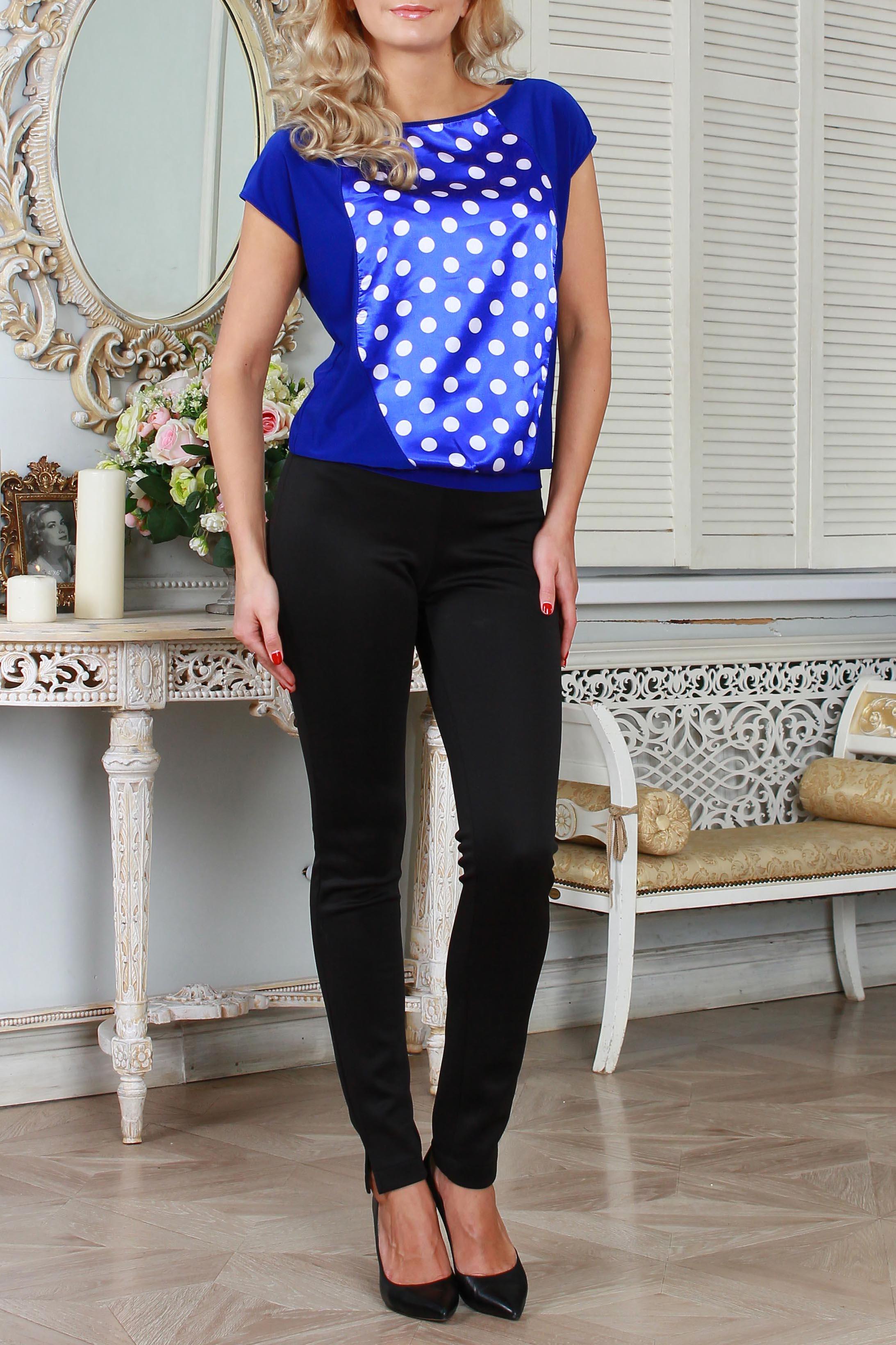 БлузкаБлузки<br>Свободная блузка на поясе из струящегося трикотажного полотна  со спущенной линией плеча, с вырезом лодочка , на полочке фигурная вставка из атласной ткани, проймы и горловина окантованы.   Длина изделия от 58 см до 63 см , в зависимости от размера.  Цвет: синий, белый  Ростовка изделия 170 см.  Параметри изделия в размере 54: Обхват груди, талии 124 см (прясой силуэт) Длина изделия по спинке 63 см.<br><br>Горловина: Лодочка<br>По материалу: Атлас,Вискоза,Трикотаж<br>По рисунку: Цветные,С принтом,В горошек<br>По сезону: Весна,Всесезон,Зима,Лето,Осень<br>По силуэту: Свободные<br>По стилю: Повседневный стиль<br>Рукав: Короткий рукав<br>Размер : 42,44<br>Материал: Холодное масло + Атлас<br>Количество в наличии: 4