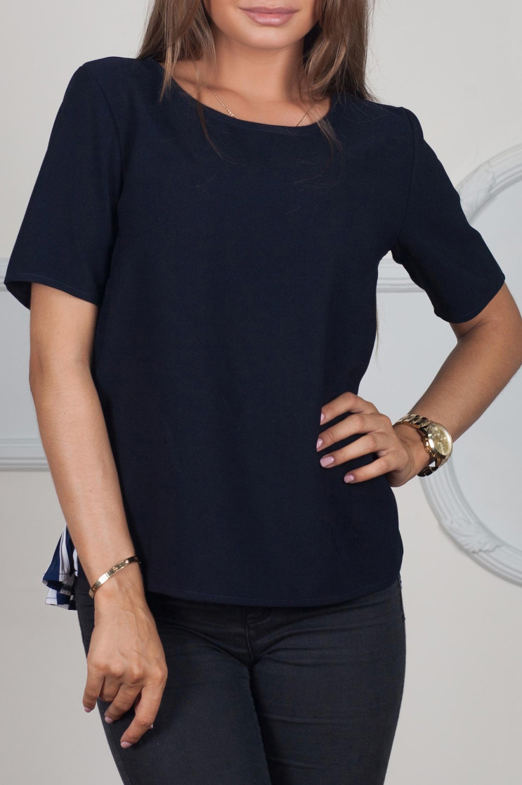 БлузаБлузки<br>Великолепная блузка с круглой горловиной и короткими рукавами. Модель выполнена из приятного материала. Отличный выбор для любого случая.  В изделии использованы цвета: синий, белый  Ростовка изделия 170 см.<br><br>Горловина: С- горловина<br>По материалу: Тканевые,Шифон<br>По рисунку: В полоску,С принтом,Цветные<br>По сезону: Весна,Зима,Лето,Осень,Всесезон<br>По силуэту: Прямые<br>По стилю: Повседневный стиль<br>Рукав: Короткий рукав<br>Размер : 42,46,48<br>Материал: Плательная ткань + Шифон<br>Количество в наличии: 3