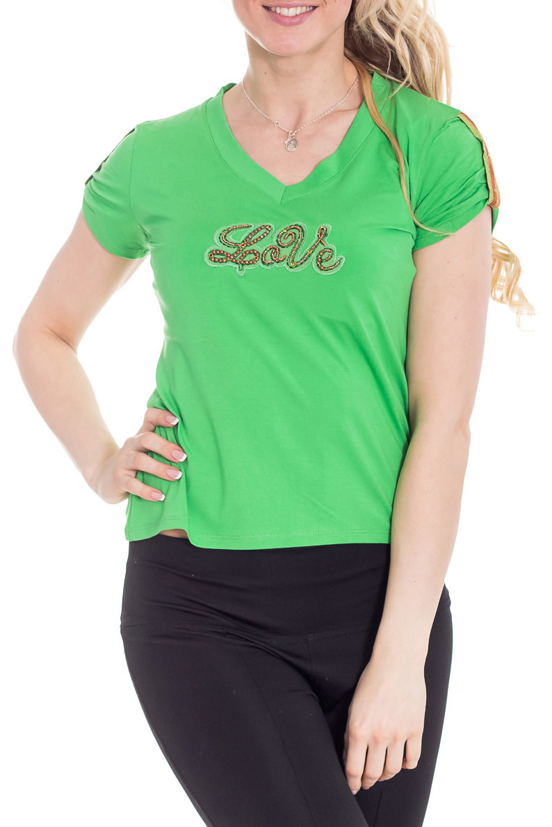ФутболкаФутболки<br>Яркая футболка с короткими рукавами. Модель выполнена из приятного трикотажа. Отличный выбор для повседневного гардероба.  Цвет: салатовый  Рост девушки-фотомодели 170 см<br><br>Горловина: V- горловина<br>По материалу: Вискоза,Трикотаж<br>По образу: Город,Свидание<br>По рисунку: Однотонные,С принтом<br>По сезону: Весна,Зима,Лето,Осень,Всесезон<br>По силуэту: Полуприталенные<br>По стилю: Повседневный стиль<br>Рукав: Короткий рукав<br>Размер : 44<br>Материал: Вискоза<br>Количество в наличии: 1