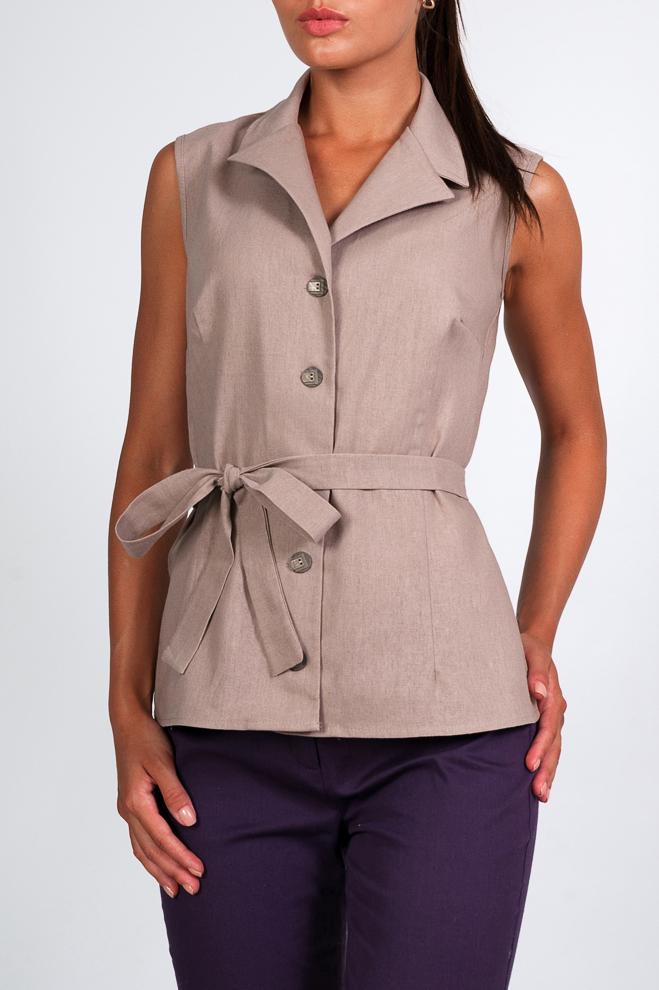 БлузкаБлузки<br>Однотонная льняная блузка с отложным воротничком. Теплый оттенок и легкость дизайна придадут Вашему образу нотку нежности и утонченности. Хорошо сочетается с брюками и юбками классического стиля.  Блузка без пояса.  Параметры изделия:  44 размер: длина изделия по спинке - 63м, ширина по линии груди - 46см;  52 размер: длина изделия по спинке - 68см, ширина по линии груди - 53см. Рост 175 см, 54 размер.  Цвет: бежевый  Рост девушки-фотомодели 170 см<br><br>Воротник: Отложной<br>Горловина: V- горловина<br>Застежка: С пуговицами<br>По материалу: Лен<br>По образу: Город,Офис,Свидание<br>По рисунку: Однотонные<br>По сезону: Весна,Зима,Лето,Осень,Всесезон<br>По силуэту: Свободные<br>По стилю: Офисный стиль,Повседневный стиль<br>Рукав: Без рукавов<br>Размер : 42,44,46,48,50<br>Материал: Лен<br>Количество в наличии: 3