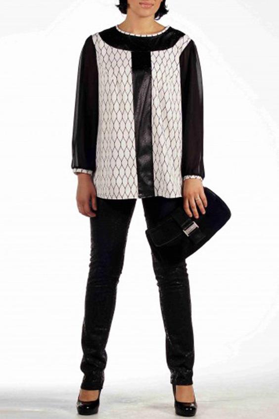 БлузкаБлузки<br>Элегантная удлиненная блуза из плотного  трикотажа с отделкой из перфорированной экокожи.  Горловина блузы на широкой округлой кокетке. По центру переда проходит вертикальная вставка из экокожи. На спинке от линии кокетки горловины по центру спинки расположена встречная складка. Рукав длинный, на узкой манжете, со сборкой по низу.   Длина около 65 см.  Цвет: черный, белый<br><br>Горловина: С- горловина<br>По материалу: Трикотаж,Шифон<br>По рисунку: Цветные,С принтом<br>По сезону: Весна,Зима,Лето,Осень,Всесезон<br>По силуэту: Свободные<br>По стилю: Нарядный стиль,Повседневный стиль<br>По элементам: С манжетами<br>Рукав: Длинный рукав<br>Размер : 52<br>Материал: Трикотаж + Шифон<br>Количество в наличии: 1