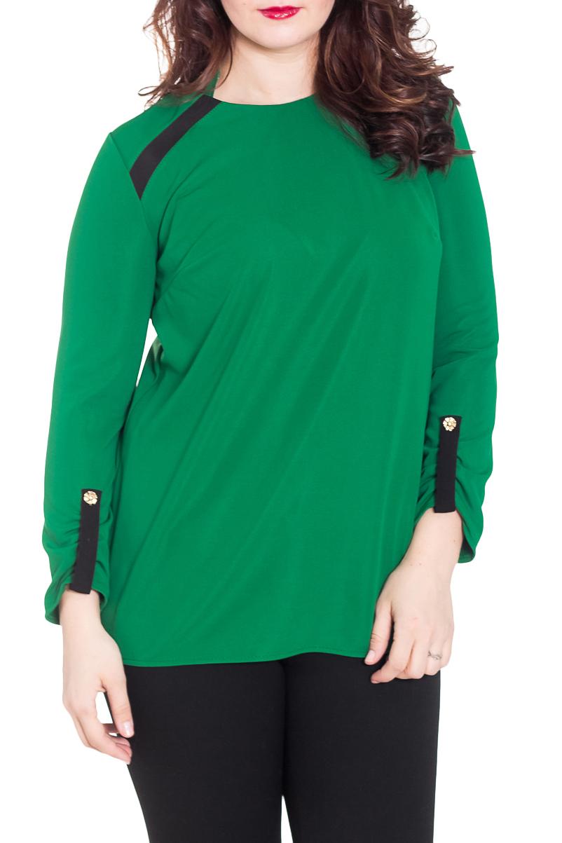 ТуникаТуники<br>Красивая туника насыщенного зеленого цвета с контрастным декором. Модель выполнена из приятного трикотажа. Отличный выбор для повседневного гаредроба.  Цвет: зеленый, черный  Рост девушки-фотомодели 180 см.<br><br>Горловина: С- горловина<br>По материалу: Трикотаж,Хлопок<br>По рисунку: Однотонные<br>По сезону: Весна,Осень<br>По силуэту: Прямые<br>По стилю: Офисный стиль,Повседневный стиль<br>По элементам: С декором,С патами<br>Рукав: Длинный рукав<br>Размер : 50,52,54,62,64<br>Материал: Джерси<br>Количество в наличии: 5