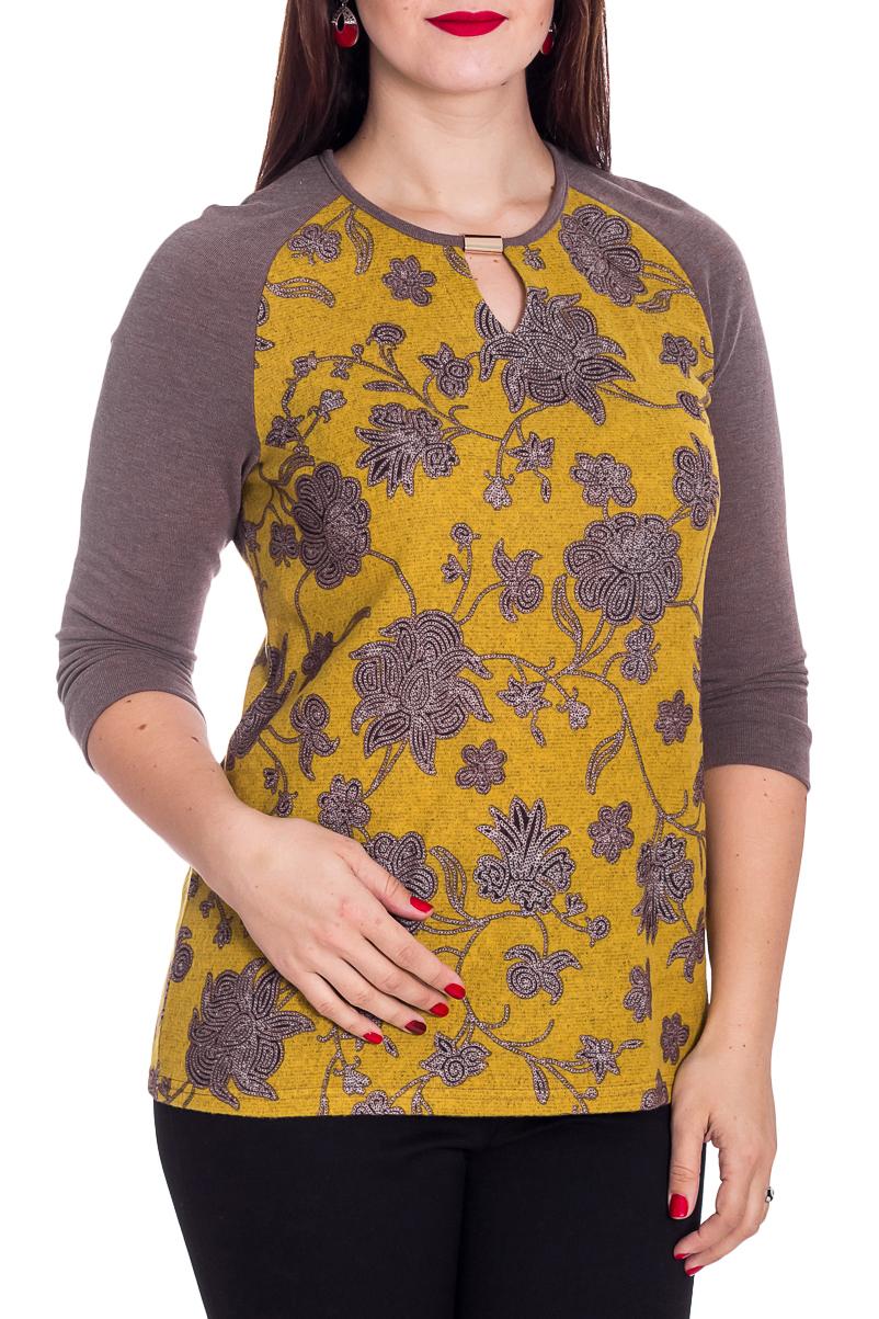 БлузкаБлузки<br>Цветная блузка с круглой горловиной и рукавами 3/4. Модель выполнена из приятного материала. Отличный выбор для повседневного гардероба.  В изделии использованы цвета: коричневый, желтый  Рост девушки-фотомодели 180 см.<br><br>Горловина: С- горловина<br>По материалу: Трикотаж<br>По рисунку: С принтом,Цветные<br>По сезону: Весна,Зима,Лето,Осень,Всесезон<br>По силуэту: Приталенные<br>По стилю: Повседневный стиль<br>По элементам: С декором<br>Рукав: Рукав три четверти<br>Размер : 50,52,54,56,60<br>Материал: Трикотаж<br>Количество в наличии: 7