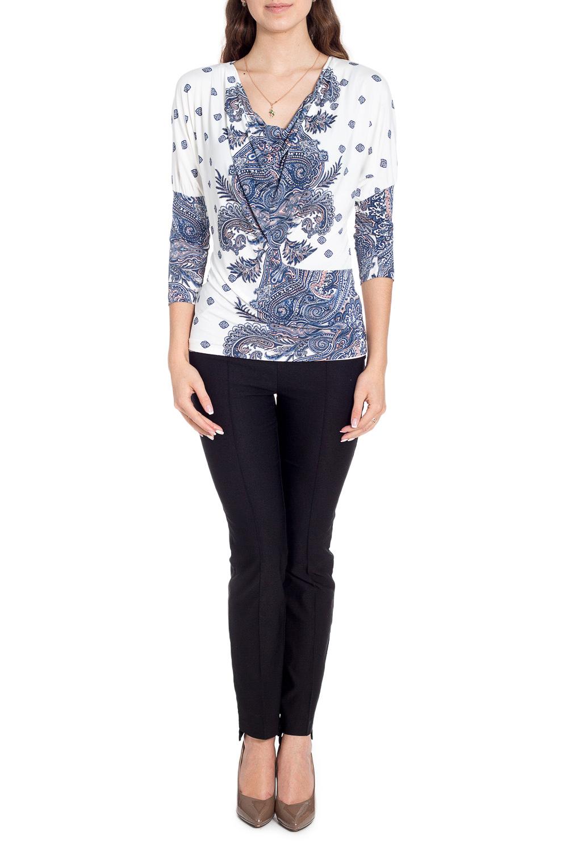 БлузкаБлузки<br>Красивая блузка приталенного силуэта. Модель выполнена из приятного материала. Отличный выбор для любого случая.  В изделии использованы цвета: белый, синий и др.  Рост девушки-фотомодели 170 см<br><br>Горловина: Качель<br>По материалу: Трикотаж<br>По образу: Город,Свидание<br>По рисунку: С принтом,Цветные,Этнические<br>По сезону: Весна,Зима,Лето,Осень,Всесезон<br>По силуэту: Приталенные<br>По стилю: Повседневный стиль<br>Рукав: Рукав три четверти<br>Размер : 44,46,48<br>Материал: Холодное масло<br>Количество в наличии: 6