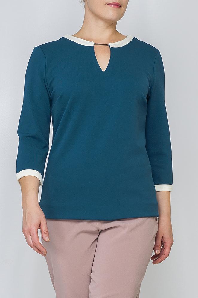 ДжемперДжемперы<br>Женский джемпер из трикотажа прямого силуэта. Однотонная и спокойная расцветка добавит в Ваш образ нежности. Идеально будет сочетаться с брюками, джинсами, как в классическом, так и в свободном стиле. Подойдет для офиса и для повседневного гардероба.   Параметры изделия:  46 размер: обхват груди - 98 см, обхват бедер - 102 см, длина рукава - 41,5 см, длина изделия - 64,5 см; 52 размер: обхват груди - 110 см, обхват бедер - 115 см, длина рукава - 42,5 см, длина изделия - 66 см.  Цвет: синий, белый  Рост девушки-фотомодели 170 см<br><br>По образу: Город,Офис,Свидание<br>По стилю: Офисный стиль,Повседневный стиль<br>По материалу: Трикотаж<br>По рисунку: Однотонные<br>По сезону: Осень,Весна<br>По силуэту: Прямые<br>По элементам: С декором<br>Рукав: Рукав три четверти<br>Горловина: С- горловина<br>Размер: 46,48,50,52,54,56,58,60<br>Материал: 97% полиэстер 3% эластан<br>Количество в наличии: 5