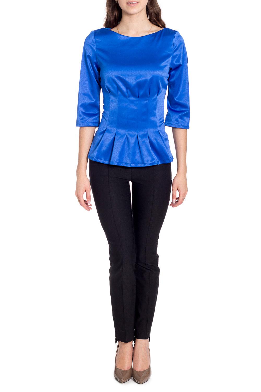 БлузкаБлузки<br>Универсальная блузка с баской. Модель выполнена из приятного материала. Отличный выбор для повседневного гардероба.  В изделии использованы цвета: синий  Рост девушки-фотомодели 170 см<br><br>Горловина: Лодочка<br>По материалу: Атлас,Вискоза<br>По рисунку: Однотонные,С принтом<br>По сезону: Весна,Зима,Лето,Осень,Всесезон<br>По силуэту: Приталенные<br>По стилю: Повседневный стиль<br>По элементам: С баской<br>Рукав: Рукав три четверти<br>Размер : 44,46,48,50<br>Материал: Атлас<br>Количество в наличии: 4