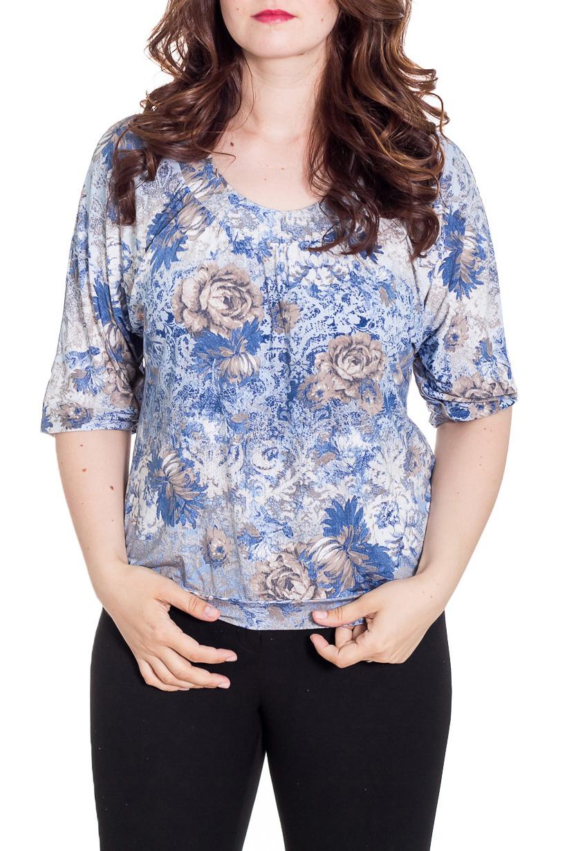 БлузкаБлузки<br>Цветная блузка свободного силуэта с рукавами 3/4. Модель выполнена из приятного материала. Отличный выбор на любой случай.  Цвет: голубой, синий, бежевый  Рост девушки-фотомодели 180 см<br><br>Горловина: С- горловина<br>По материалу: Вискоза,Трикотаж<br>По рисунку: Растительные мотивы,С принтом,Цветные,Цветочные<br>По сезону: Весна,Зима,Лето,Осень,Всесезон<br>По силуэту: Свободные<br>По стилю: Повседневный стиль<br>Рукав: Рукав три четверти<br>Размер : 48,50,52,54,58<br>Материал: Холодное масло<br>Количество в наличии: 5