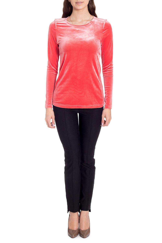 БлузкаБлузки<br>Нарядная однотонная блузка. Модель выполнена из роскошного велюра. Отличный выбор для любого случая.В изделии использованы цвета: коралловыйРост девушки-фотомодели 170 см<br><br>Горловина: С- горловина<br>Рукав: Длинный рукав<br>Материал: Трикотаж<br>Рисунок: Однотонные<br>Сезон: Весна,Всесезон,Зима,Лето,Осень<br>Силуэт: Приталенные<br>Стиль: Нарядный стиль,Повседневный стиль<br>Размер : 46,48,50<br>Материал: Велюр<br>Количество в наличии: 3