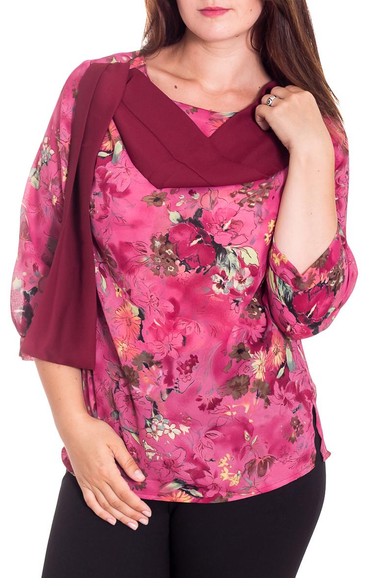 БлузкаБлузки<br>Цветная блузка с круглой горловиной и рукавами 3/4. Модель выполнена из воздушного шифона. Отличный выбор для повседневного гардероба.  В изделии использованы цвета: розовый, бежевый, коричневый и др.  Рост девушки-фотомодели 180 см.<br><br>Горловина: С- горловина<br>По материалу: Шифон<br>По рисунку: Растительные мотивы,С принтом,Цветные,Цветочные<br>По сезону: Весна,Зима,Лето,Осень,Всесезон<br>По силуэту: Свободные<br>По стилю: Повседневный стиль<br>По элементам: С декором,С манжетами<br>Рукав: Рукав три четверти<br>Размер : 48,52<br>Материал: Шифон<br>Количество в наличии: 3