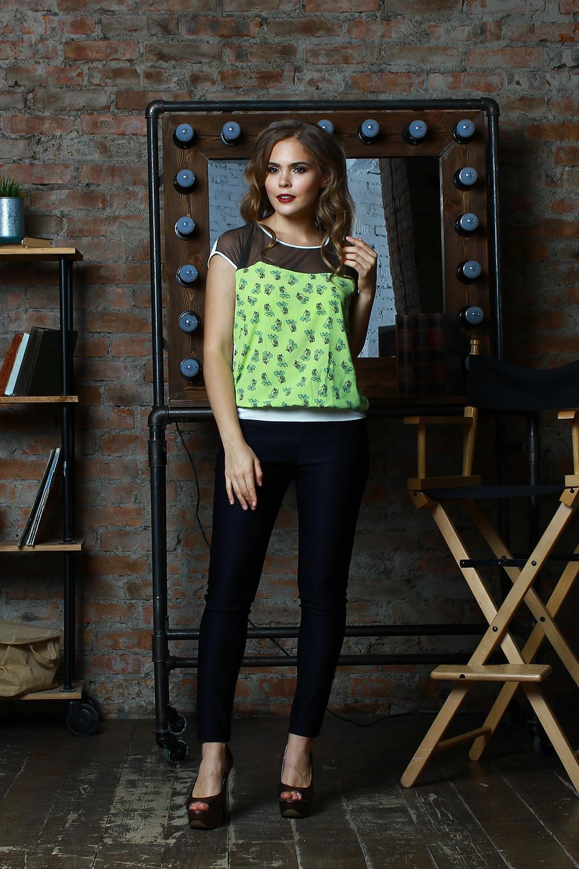 БлузкаБлузки<br>Комбинированная блуза свободного силуэта на поясе. Полочка с фигурной кокеткой из сетки, спинка однотонная, выполнена из легкого трикотажного полотна. Проймы и горловины окантованы.   Длина изделия от 61 см до 65 см, в зависимости от размера.   Стильная модель с полупрозрачной вставкой сделает ваш образ более ярким, женственным, дополнит его нотами сдержанной сексуальности  В изделии использованы цвета: молочный, нежно-зеленый, черный и др.  Рост девушки-фотомодели 175 см<br><br>Горловина: С- горловина<br>По материалу: Вискоза,Гипюровая сетка<br>По рисунку: С принтом,Цветные<br>По сезону: Весна,Зима,Лето,Осень,Всесезон<br>По силуэту: Свободные<br>По стилю: Летний стиль,Повседневный стиль<br>По элементам: С декором<br>Рукав: Короткий рукав<br>Размер : 42,44,46,52,54<br>Материал: Холодное масло + Гипюровая сетка<br>Количество в наличии: 9