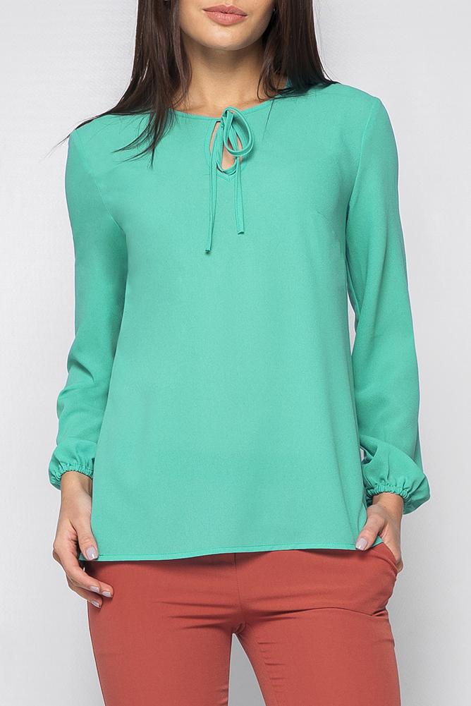 БлузкаБлузки<br>Красивая женская блузка свободного силуэта с капелькой и длинными рукавами. Модель выполнена из приятного материала. Отличный выбор для любого случая.  Цвет: бирюзовый  Рост девушки-фотомодели 170 см<br><br>Горловина: С- горловина<br>Застежка: С завязками<br>По материалу: Шифон<br>По рисунку: Однотонные<br>По сезону: Весна,Зима,Лето,Осень,Всесезон<br>По силуэту: Свободные<br>По стилю: Повседневный стиль<br>Рукав: Длинный рукав<br>Размер : 42,44,46,50,54,56<br>Материал: Шифон<br>Количество в наличии: 6