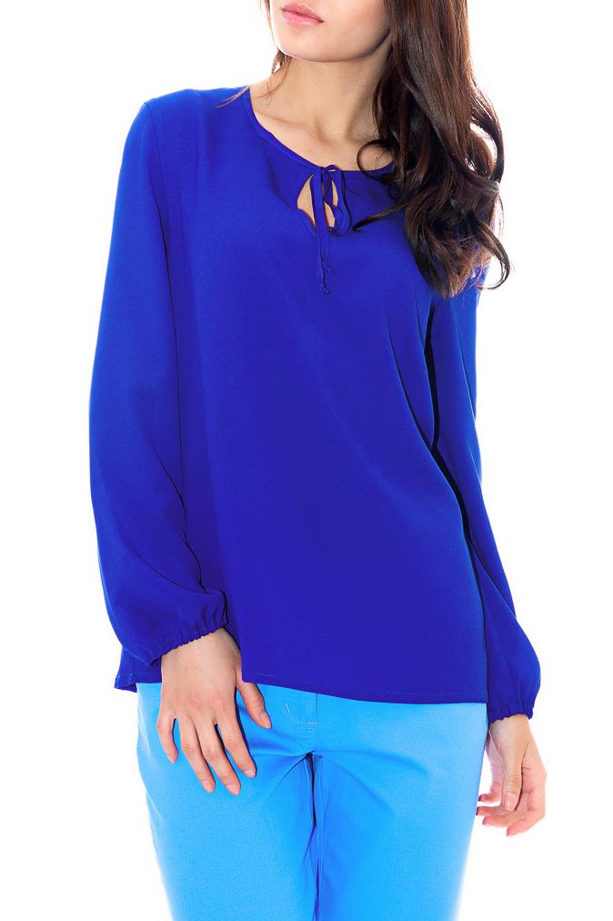 БлузкаБлузки<br>Красивая женская блузка свободного силуэта с капелькой и длинными рукавами. Модель выполнена из воздушного шифона. Отличный выбор для любого случая.  Цвет: синий  Рост девушки-фотомодели 170 см   Параметры изделия: 44 размер: обхват по линии груди - 98 см, обхват по линии бедер - 98 см, длина изделия - 63 см, длина рукава - 58,5 см;  52 размер: обхват по линии груди - 114 см, обхват по линии бедер - 114 см, длина изделия - 66,5 см, длина рукава - 58,5 см.<br><br>Горловина: С- горловина<br>По материалу: Шифон<br>По образу: Город,Офис,Свидание<br>По рисунку: Однотонные<br>По сезону: Весна,Зима,Лето,Осень,Всесезон<br>По стилю: Офисный стиль,Повседневный стиль,Классический стиль,Кэжуал<br>Рукав: Длинный рукав<br>По силуэту: Прямые<br>Размер : 42<br>Материал: Шифон<br>Количество в наличии: 1