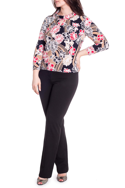 БлузкаБлузки<br>Красивая блузка с декоративным верезом quot;капелькаquot;. Модель выполнена из приятного материала. Отличный выбор для любого случая.  В изделии использованы цвета: синий, бежевый и др.  Рост девушки-фотомодели 180 см.<br><br>Воротник: Стойка<br>По материалу: Вискоза,Трикотаж<br>По рисунку: Растительные мотивы,С принтом,Цветные,Цветочные<br>По сезону: Весна,Зима,Лето,Осень,Всесезон<br>По силуэту: Приталенные<br>По стилю: Повседневный стиль<br>По элементам: С декором<br>Рукав: Длинный рукав<br>Размер : 48,50,52,54,56<br>Материал: Холодное масло<br>Количество в наличии: 24