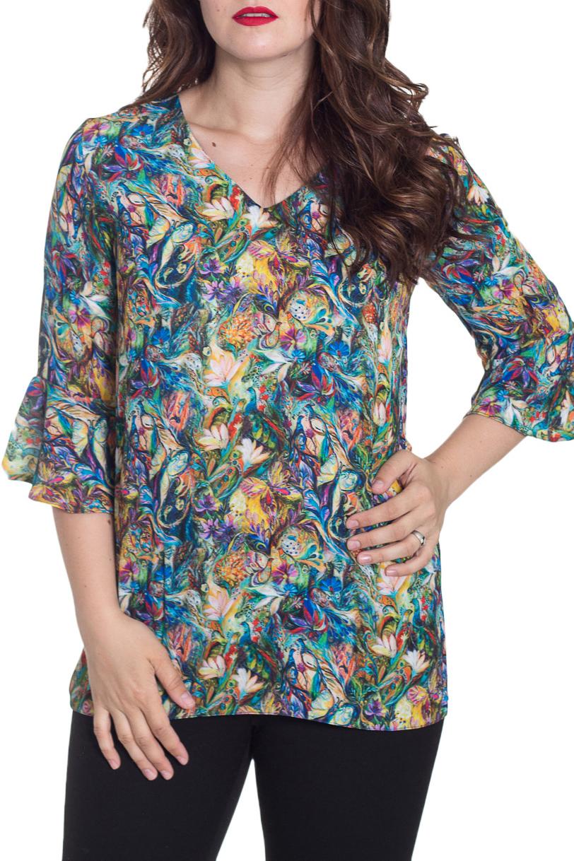 БлузкаБлузки<br>Удлиненная блузка с рукавами 3/4. Модель выполнена из приятного материала. Отличный выбор для повседневного гардероба.  Цвет: мультицвет  Рост девушки-фотомодели 180 см<br><br>Горловина: V- горловина<br>По материалу: Шифон<br>По рисунку: С принтом,Цветные<br>По сезону: Весна,Зима,Лето,Осень,Всесезон<br>По силуэту: Полуприталенные<br>По стилю: Повседневный стиль<br>По элементам: С воланами и рюшами<br>Рукав: Рукав три четверти<br>Размер : 48-50,52-54<br>Материал: Шифон<br>Количество в наличии: 2
