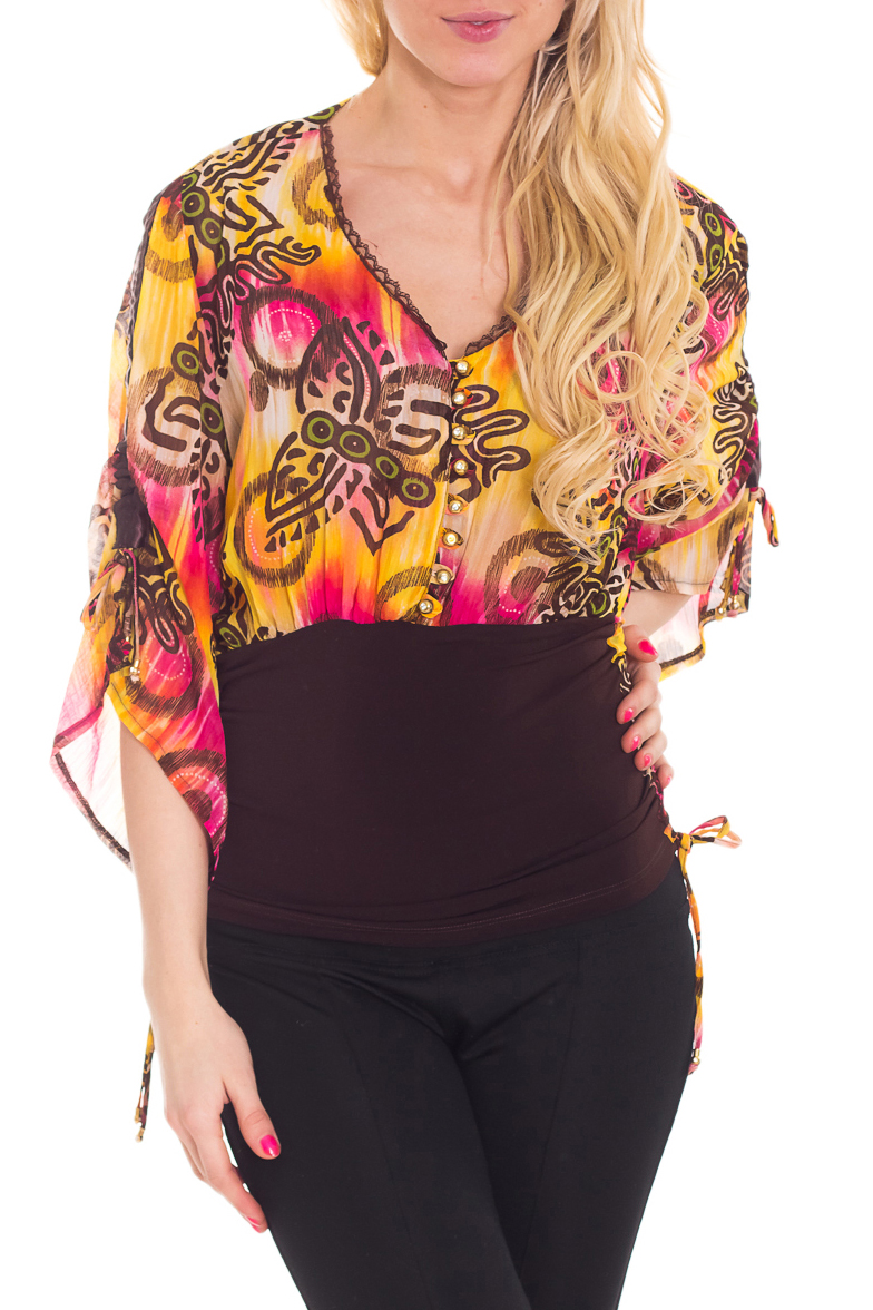 БлузкаБлузки<br>Прекрасная блузка с ярким принтом. Модель выполнена из воздушного шифона. Отличный выбор для любого случая.  Цвет: коричневый, желтый, розовый  Рост девушки-фотомодели 170 см<br><br>Горловина: V- горловина<br>По материалу: Шифон<br>По образу: Свидание<br>По рисунку: Абстракция,С принтом,Цветные<br>По сезону: Весна,Зима,Лето,Осень,Всесезон<br>По силуэту: Свободные<br>По стилю: Повседневный стиль<br>Рукав: Рукав три четверти<br>Размер : 44,46,48,50<br>Материал: Шифон<br>Количество в наличии: 8