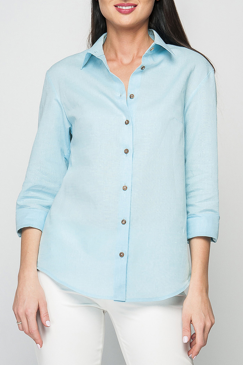 РубашкаРубашки<br>Женская льняная рубашка прямого силуэта. Горловина оформлена отложным воротником, перед дополнен застежкой на пуговицы. Рукава оформлены манжетами с пуговицами. Низ рубашки закругленный. Данная модель универсальна и отлично подойдет как для офисного стиля, так и для повседневного образа.   Параметры изделия: 44 размер: обхват груди - 102 см, длина рукава - 60 см, длина изделия - 68 см;  52 размер: обхват груди - 118 см, длина рукава - 60 см, длина изделия - 69 см.   Рост модели 175 см  Цвет: голубой.<br><br>Воротник: Рубашечный,Стояче-отложной<br>Застежка: С пуговицами<br>По материалу: Лен<br>По образу: Город,Офис,Свидание<br>По рисунку: Однотонные<br>По сезону: Весна,Зима,Лето,Осень,Всесезон<br>По силуэту: Прямые<br>По стилю: Классический стиль,Кэжуал,Офисный стиль,Повседневный стиль<br>По элементам: С воротником,С декором,С манжетами<br>Рукав: Рукав три четверти<br>Размер : 42,48,50,58<br>Материал: Лен<br>Количество в наличии: 5