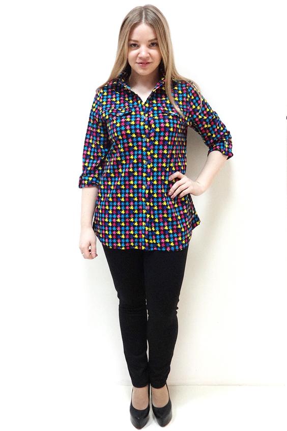 РубашкаРубашки<br>Цветная рубашка с рукавами 3/4 и застежкой на пуговицы. Модель выполнена из хлопкового материала. Отличный выбор для повседневного гардероба.  Цвет: синий, розовый, голубой, желтый  Рост девушки-фотомодели 162 см.<br><br>По образу: Город,Свидание<br>По стилю: Повседневный стиль<br>По материалу: Хлопок<br>По рисунку: Цветные,С принтом<br>По сезону: Всесезон,Весна,Зима,Лето,Осень<br>По силуэту: Прямые<br>По элементам: С патами<br>Рукав: Рукав три четверти<br>Застежка: С пуговицами<br>Размер: 44,46,48,50,52,54<br>Материал: 100% хлопок<br>Количество в наличии: 1