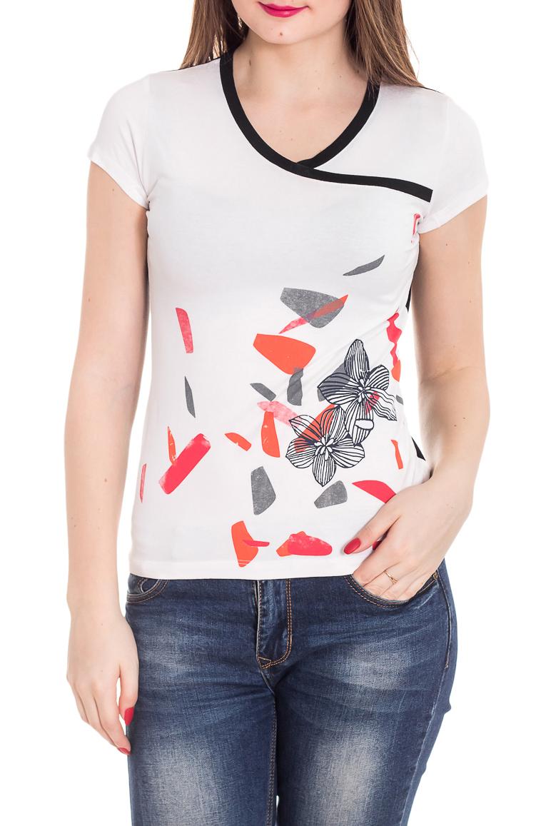 ФутболкаФутболки<br>Универсальная футболка с короткими рукавами. Модель выполнена из приятного материала. Отличный выбор для повседневного гардероба.  Цвет: белый, черный, коралловый  Рост девушки-фотомодели 180 см<br><br>Горловина: V- горловина<br>По материалу: Вискоза<br>По образу: Город<br>По рисунку: С принтом,Цветные<br>По сезону: Весна,Зима,Лето,Осень,Всесезон<br>По силуэту: Приталенные<br>По стилю: Повседневный стиль<br>Рукав: Короткий рукав<br>Размер : 46,50<br>Материал: Вискоза<br>Количество в наличии: 2