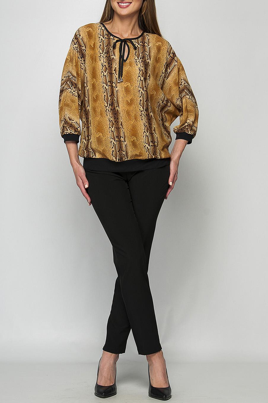 БлузкаБлузки<br>Просторная женская блуза, свободного кроя, из крепа, с рукавами летучая мышь. Горловина круглая, обработана контрастной окантовкой и фисксируется по центру полочки длинными завязками. Цельнокроеные рукава имеют длину 3/4 и фиксируются по руке трикотажными, контрастными манжетами. Низ блузы дополнен притачным трикотажным поясом, облегающим бедра. Параметры изделия: 44 размер: длина рукава - 48 см, длина изделия - 67 см; 52 размер: длина рукава - 48 см, длина изделия - 69 см. Рост модели 175 смЦвет: бежево-коричневый, черный и др.<br><br>Горловина: С- горловина<br>Рукав: Рукав три четверти<br>Материал: Шифон<br>Рисунок: Рептилия,С принтом,Цветные<br>Сезон: Весна,Всесезон,Зима,Лето,Осень<br>Силуэт: Свободные<br>Стиль: Повседневный стиль<br>Элементы: С манжетами<br>Размер : 48,50,52,54,56,58,60<br>Материал: Шифон<br>Количество в наличии: 8