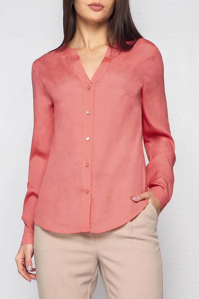 РубашкаРубашки<br>Рубашка женская свободного фасона по переду изделия и на манжетах застежки-пуговицы, v-образный вырез. Рубашка будет идеально гармонировать с брюками или юбкой.   Параметры изделия:  44 размер: длина изделия по спинке - 67см, полуобхват по линии груди - 51см, длина рукава - 62см;  54 размер: длина изделия по спинке - 71см, полуобхват по линии груди - 61см, длина рукава - 63см.  Цвет: коралловый  Рост девушки-фотомодели 170 см<br><br>Горловина: V- горловина<br>Застежка: С пуговицами<br>По материалу: Блузочная ткань<br>По рисунку: Однотонные<br>По сезону: Весна,Зима,Лето,Осень,Всесезон<br>По силуэту: Полуприталенные,Прямые<br>По стилю: Классический стиль,Кэжуал,Офисный стиль,Повседневный стиль,Романтический стиль<br>По элементам: С вырезом,С декором,С манжетами,С фигурным низом<br>Рукав: Длинный рукав<br>Размер : 42,46,48,50,54,56,58<br>Материал: Блузочная ткань<br>Количество в наличии: 7
