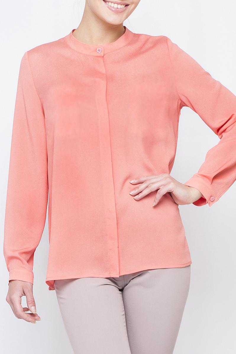 РубашкаРубашки<br>Чудесная рубашка свободного силуэта. Модель выполнена из приятного материала. Отличный выбор для повседневного гардероба.  Параметры размеров: 44 размер: обхват по линии груди 102 см, обхват по линии бедер 103 см, длина по спинке - 64,2 см, длина рукава - 59 см; 52 размер: обхват по линии груди 118 см, обхват по линии бедер 119 см, длина по спинке - 68,5 см, длина рукава - 60 см  Цвет: коралловый  Рост девушки-фотомодели 170 см<br><br>По рисунку: Однотонные<br>По сезону: Весна,Зима,Лето,Осень,Всесезон<br>По силуэту: Прямые<br>По стилю: Повседневный стиль<br>По элементам: С манжетами<br>Рукав: Длинный рукав<br>Размер : 52,58<br>Материал: Блузочная ткань<br>Количество в наличии: 2
