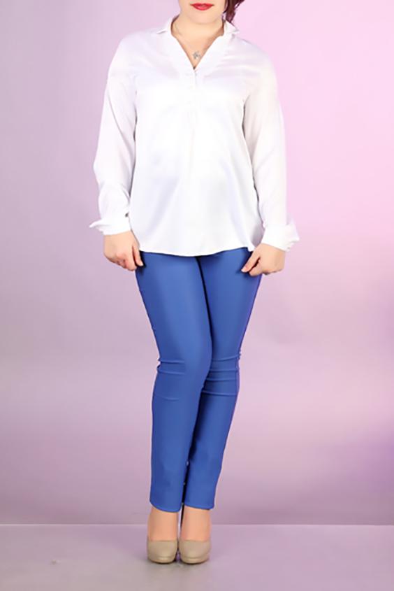 БлузкаБлузки для будущих мам<br>Однотонная блузка с длинными рукавами. Модель выполнена из приятного материала. Отличный выбор для повседневного гардероба.  За счет свободного кроя и эластичного материала изделие можно носить во время беременности  Цвет: белый  Ростовка изделия 170 см.<br><br>Воротник: Рубашечный<br>Горловина: V- горловина<br>По материалу: Вискоза,Атлас<br>По рисунку: Однотонные<br>По сезону: Весна,Зима,Лето,Осень,Всесезон<br>По силуэту: Свободные<br>Рукав: Длинный рукав<br>По стилю: Офисный стиль,Повседневный стиль<br>По элементам: С манжетами<br>Размер : 42,44,46,48,50<br>Материал: Атлас<br>Количество в наличии: 16