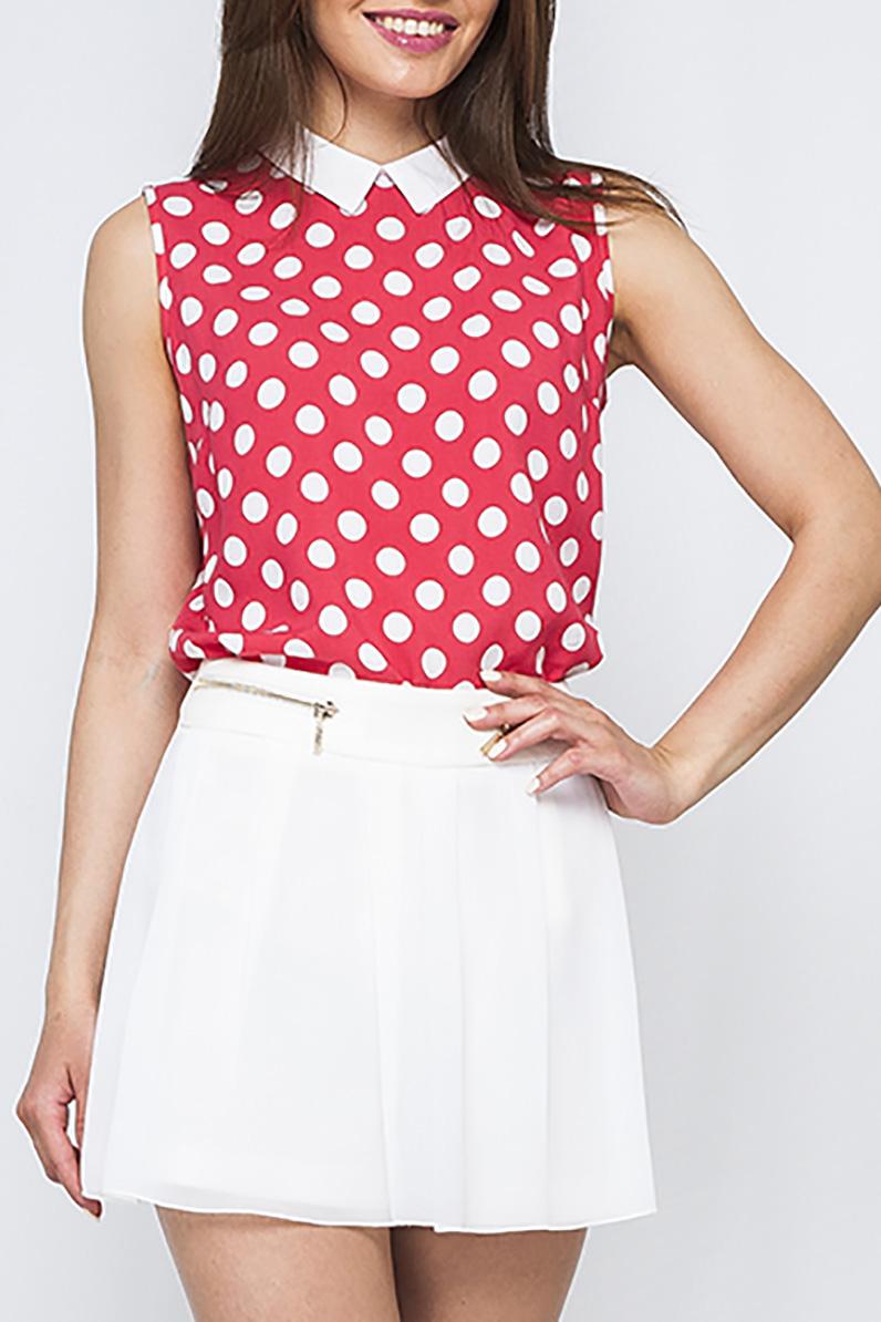 БлузкаБлузки<br>Изящная женская блуза, яркой красной расцветки и модным принтом горох, который всегда актуален. Отложной воротничок придает модели женственность.По спинке изделия есть пуговички. Данная блуза составит яркий образ как в сочетании с юбкой, так и с брюками.  Параметры размеров: 44 размер: длина изделия по спинке - 64 см, обхват груди - 100 см;  52 размер: длина изделия по спинке - 68 см, обхват груди - 114 см.   Цвет: коралловый, белый  Рост девушки-фотомодели 170 см<br><br>Воротник: Рубашечный<br>По материалу: Хлопок<br>По рисунку: В горошек,С принтом,Цветные<br>По сезону: Весна,Зима,Лето,Осень,Всесезон<br>По силуэту: Приталенные<br>По стилю: Повседневный стиль,Летний стиль<br>Рукав: Без рукавов<br>Размер : 46,52<br>Материал: Хлопок<br>Количество в наличии: 2