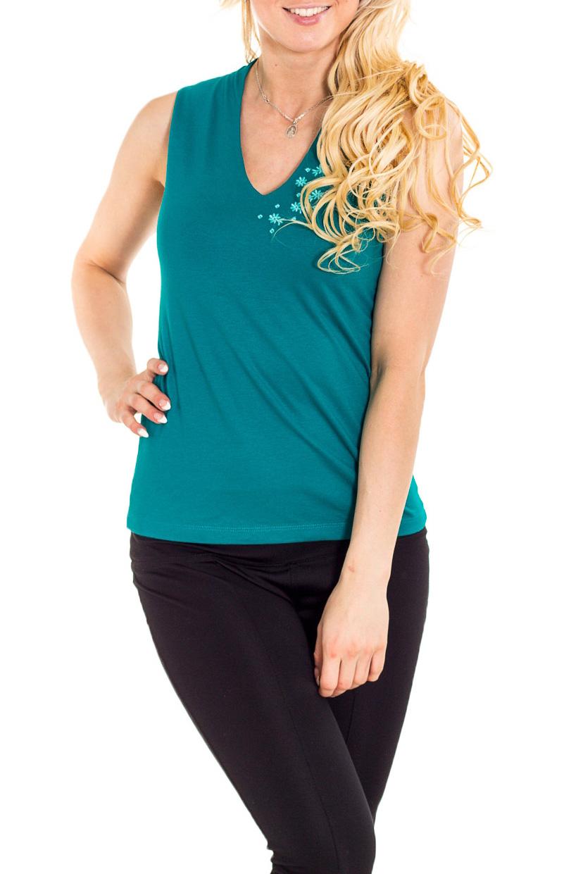 БлузкаБлузки<br>Чудесная блузка без рукавов полуприталенного силуэта. Модель выполнена из мягкой вискозы. Отличный выбор для повседневного гардероба.  Цвет: бирюзовый  Рост девушки-фотомодели 170 см.<br><br>Горловина: V- горловина<br>По материалу: Вискоза<br>По рисунку: Однотонные<br>По сезону: Весна,Зима,Лето,Осень,Всесезон<br>По силуэту: Полуприталенные<br>По стилю: Повседневный стиль,Летний стиль<br>Рукав: Без рукавов<br>Размер : 46,48,50,52<br>Материал: Вискоза<br>Количество в наличии: 4
