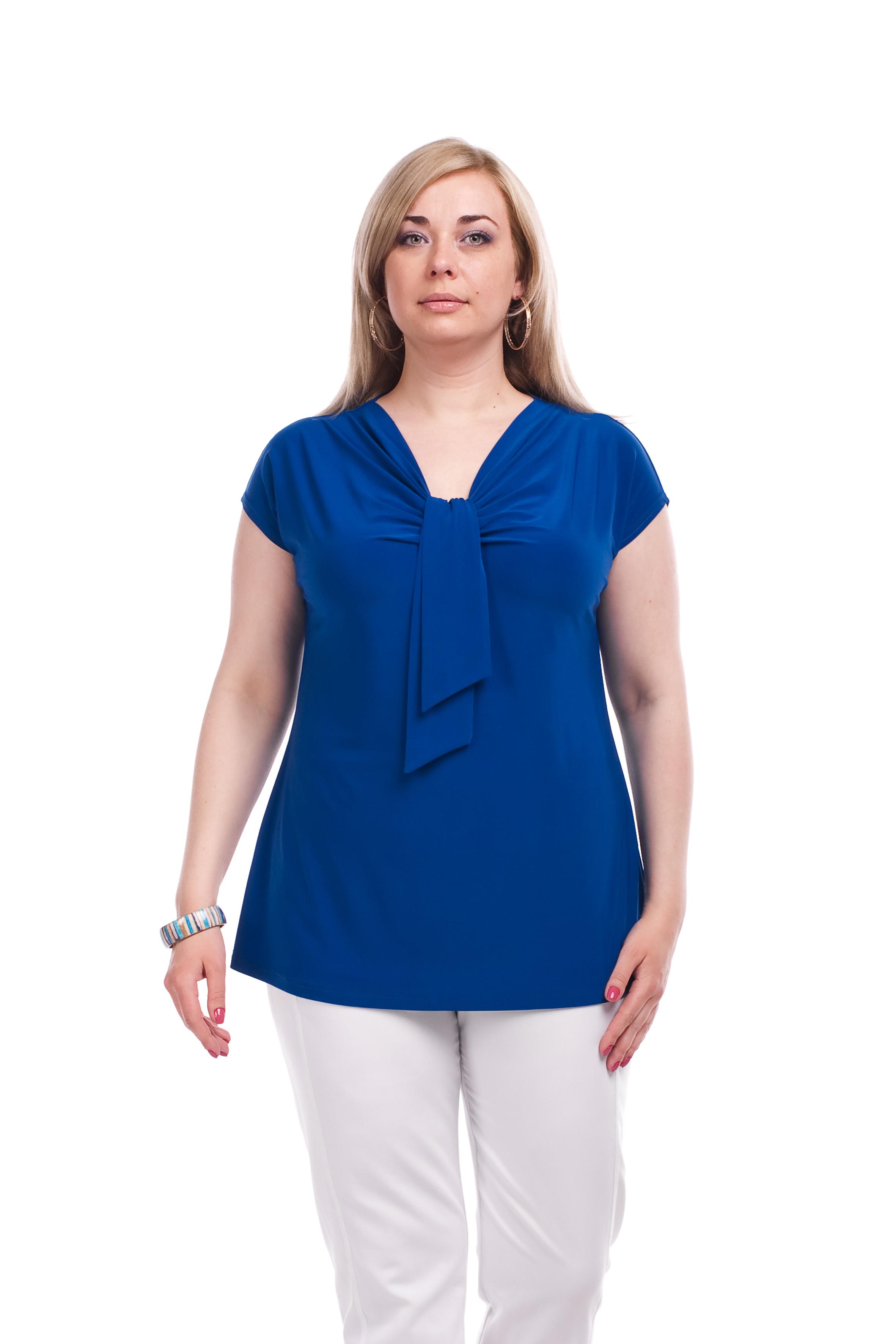 БлузкаБлузки<br>Однотонная женская блузка полуприталенного силуэта с декоративным элементом на груди. Модель выполнена из приятного трикотажа. Отличный выбор для любого случая.  Цвет: синий  Рост девушки-фотомодели 173 см<br><br>По образу: Город,Свидание<br>По стилю: Повседневный стиль<br>По материалу: Вискоза,Трикотаж<br>По рисунку: Однотонные<br>По сезону: Всесезон,Весна,Зима,Лето,Осень<br>По силуэту: Полуприталенные<br>По элементам: С декором,Со складками<br>Рукав: Короткий рукав<br>Горловина: V- горловина<br>Размер: 62,64<br>Материал: 60% вискоза 30% полиэстер 10% эластан<br>Количество в наличии: 1