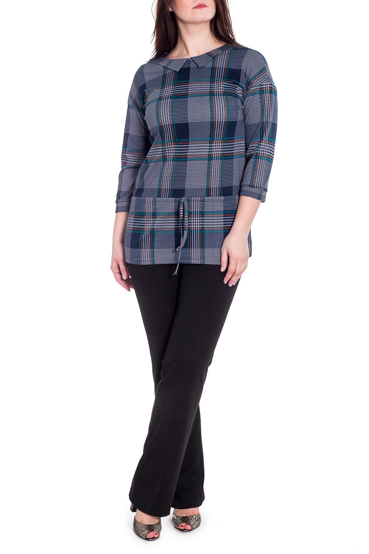 БлузкаБлузки<br>Удлиненная блузка с отложным воротником и рукавами 3/4. Модель выполнена из приятного трикотажа. Отличный выбор для повседневного гардероба.  В изделии использованы цвета: синий и др.  Рост девушки-фотомодели 180 см.<br><br>Воротник: Отложной<br>Горловина: С- горловина<br>По материалу: Вискоза,Трикотаж<br>По рисунку: В клетку,С принтом,Цветные<br>По сезону: Зима,Осень,Весна<br>По силуэту: Полуприталенные<br>По стилю: Повседневный стиль<br>Рукав: Рукав три четверти<br>Размер : 46,48,50,52,54<br>Материал: Трикотаж<br>Количество в наличии: 5