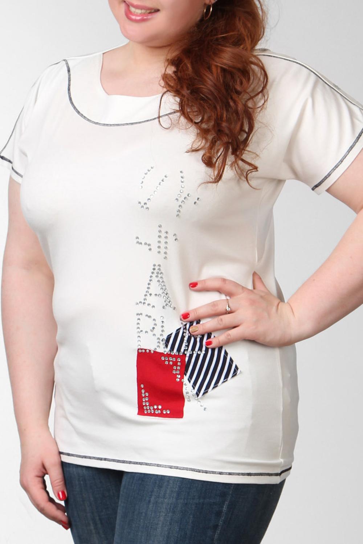 ФутболкаФутболки<br>Замечательная футболка удлиненного и немного свободного кроя с оригинальным принтом. С округлым вырезом горловины и коротким рукавом.  Цвет: белый, красный, синий  Ростовка изделия 170 см.  Парметры изделия: 40 размер - обхват груди 74-77 см., обхват талии 60-62 см. 42 размер - обхват груди 78-81 см., обхват талии 63-65 см. 44 размер - обхват груди 82-85 см., обхват талии 66-69 см. 46 размер - обхват груди 86-89 см., обхват талии 70-73 см. 48 размер - обхват груди 90-93 см., обхват талии 74-77 см. 50 размер - обхват груди 94-97 см., обхват талии 78-81 см. 52 размер - обхват груди 98-102 см., обхват талии 82-86 см. 54 размер - обхват груди 103-107 см., обхват талии 87-91 см. 56 размер - обхват груди 108-113 см., обхват талии 92-96 см. 58/60 размер - обхват груди 114-119 см., обхват талии 97-102 см. 62 размер - обхват груди 120-125 см., обхват талии 103-108 см.<br><br>Горловина: С- горловина<br>По материалу: Вискоза,Трикотаж<br>По рисунку: С принтом,Цветные<br>По сезону: Весна,Всесезон,Зима,Лето,Осень<br>По силуэту: Полуприталенные<br>По стилю: Повседневный стиль<br>По элементам: С декором,С отделочной фурнитурой,Отделка строчкой<br>Рукав: Короткий рукав<br>Размер : 56<br>Материал: Вискоза<br>Количество в наличии: 1
