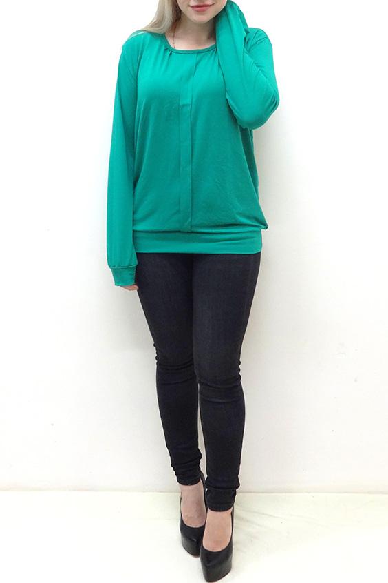 БлузкаБлузки<br>Удлиненная блузка свободного силуэта на поясе. Модель выполнена из однотонной мягкой вискозы. Отличный выбор для повседневного гардероба.  Цвет: бирюзовый  Рост девушки-фотомодели 162 см<br><br>Горловина: С- горловина<br>По материалу: Вискоза<br>По рисунку: Однотонные<br>По сезону: Весна,Зима,Лето,Осень,Всесезон<br>По силуэту: Прямые<br>По стилю: Повседневный стиль<br>По элементам: С декором,С манжетами<br>Рукав: Длинный рукав<br>Размер : 48,50<br>Материал: Вискоза<br>Количество в наличии: 3