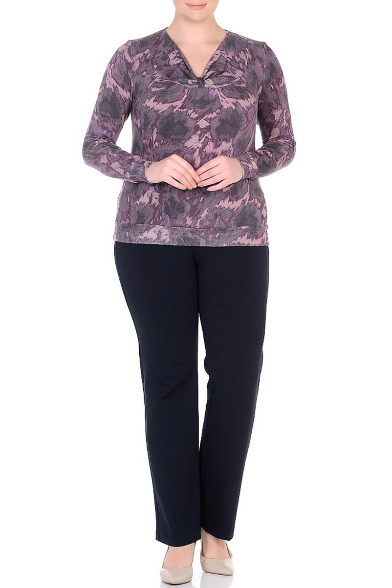 БлузкаБлузки<br>Цветная блузка с длинными рукавами и интересной горловиной. Модель выполнена из приятного трикотажа. Отличный выбор для повседневного гардероба.  В изделии использованы цвета: сиреневый, фиолетовый, коричневый  Ростовка изделия 170 см.<br><br>Горловина: V- горловина<br>По материалу: Трикотаж<br>По рисунку: С принтом,Цветные<br>По сезону: Весна,Зима,Лето,Осень,Всесезон<br>По силуэту: Приталенные<br>По стилю: Повседневный стиль<br>Рукав: Длинный рукав<br>Размер : 50,52,54,60<br>Материал: Трикотаж<br>Количество в наличии: 8