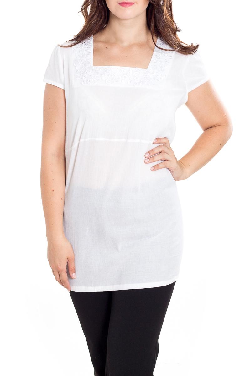 БлузкаБлузки<br>Однотонная блузка с квадратной горловиной и короткими рукавами. Модель выполнена из приятного материала. Отличный выбор для повседневного гардероба.  Цвет: белый  Рост девушки-фотомодели 180 см<br><br>Горловина: Квадратная горловина<br>По материалу: Трикотаж<br>По рисунку: Однотонные<br>По сезону: Весна,Зима,Лето,Осень,Всесезон<br>По силуэту: Приталенные<br>По стилю: Повседневный стиль,Летний стиль<br>По элементам: С декором<br>Рукав: Короткий рукав<br>Размер : 62,64<br>Материал: Трикотаж + Гипюр вязанный<br>Количество в наличии: 2