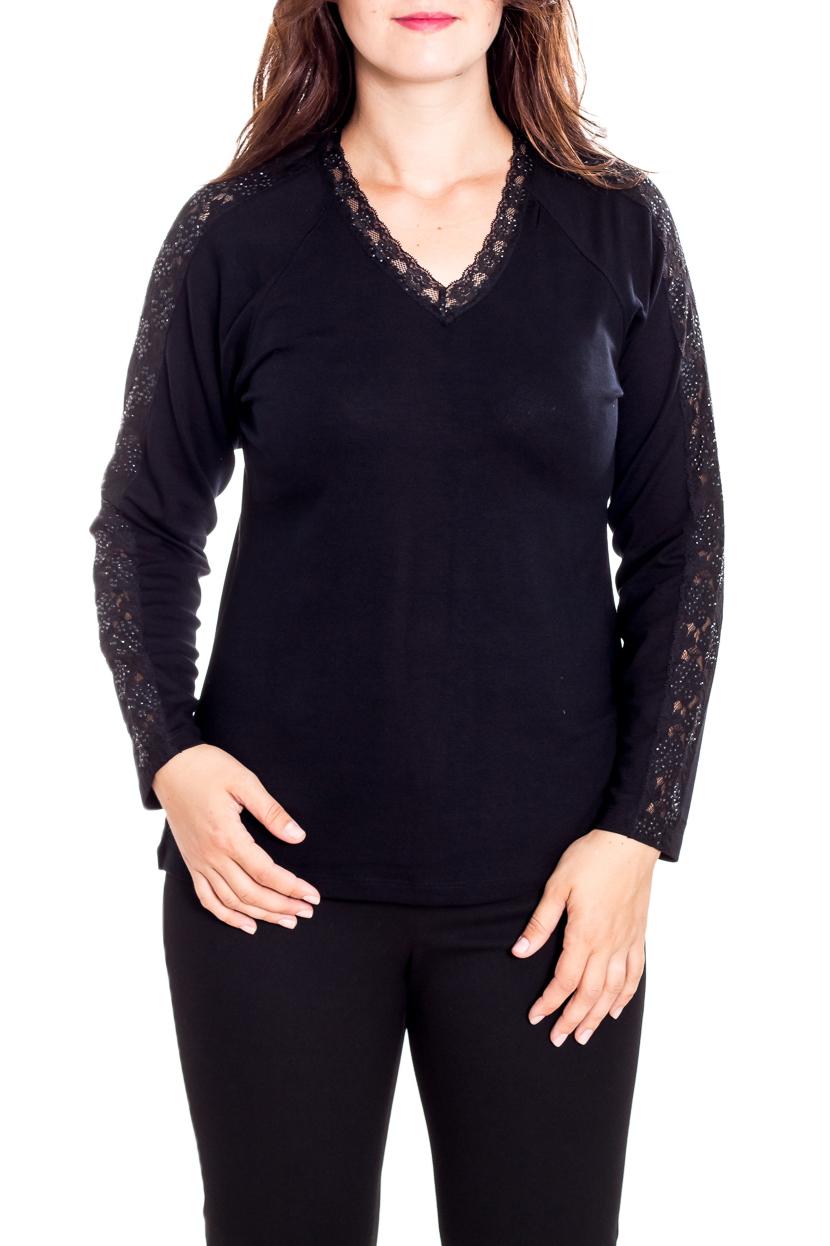БлузкаБлузки<br>Нарядная блузка с длинными рукавами. Модель выполнена из приятного материала. Отличный выбор для любого случая.  Цвет: черный  Рост девушки-фотомодели 180 см.<br><br>Горловина: V- горловина<br>По материалу: Вискоза,Гипюр,Трикотаж<br>По рисунку: Однотонные<br>По сезону: Весна,Зима,Лето,Осень,Всесезон<br>По силуэту: Приталенные<br>По стилю: Нарядный стиль,Повседневный стиль<br>Рукав: Длинный рукав<br>Размер : 48,50<br>Материал: Трикотаж + Гипюр<br>Количество в наличии: 2