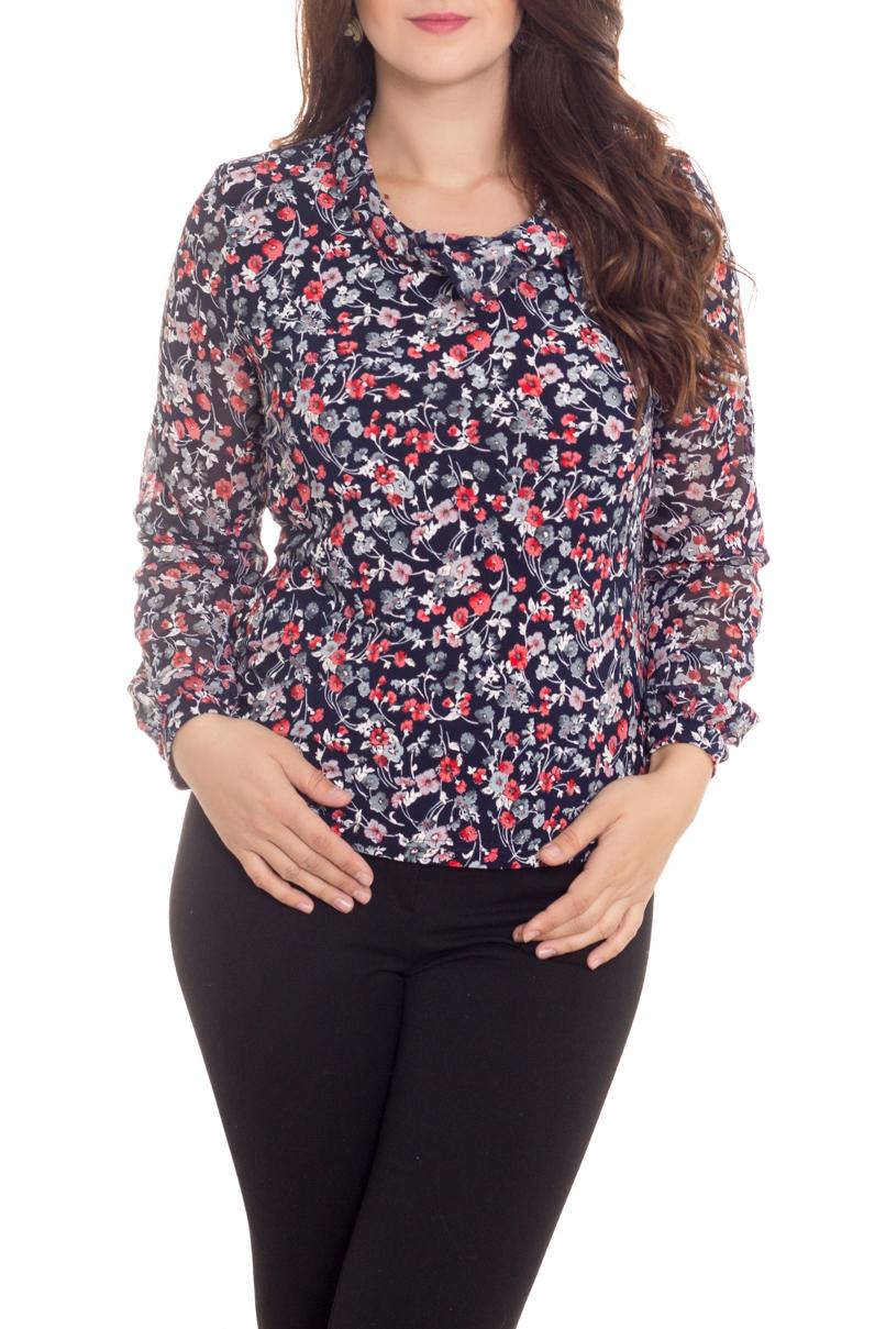 БлузкаБлузки<br>Цветная блузка с длинными рукавами. Модель выполнена из мягкого трикотажа с рукавами из воздушного шифона. Отличный выбор для любого случая.  В изделии использованы цвета: синий, коралловый, белый  Рост девушки-фотомодели 180 см<br><br>Воротник: Хомут<br>По материалу: Вискоза,Шифон<br>По рисунку: Растительные мотивы,С принтом,Цветные,Цветочные<br>По сезону: Весна,Зима,Лето,Осень,Всесезон<br>По силуэту: Полуприталенные<br>По стилю: Повседневный стиль<br>Рукав: Длинный рукав<br>Размер : 50,52,54,56,58,60,62<br>Материал: Вискоза + Шифон<br>Количество в наличии: 13
