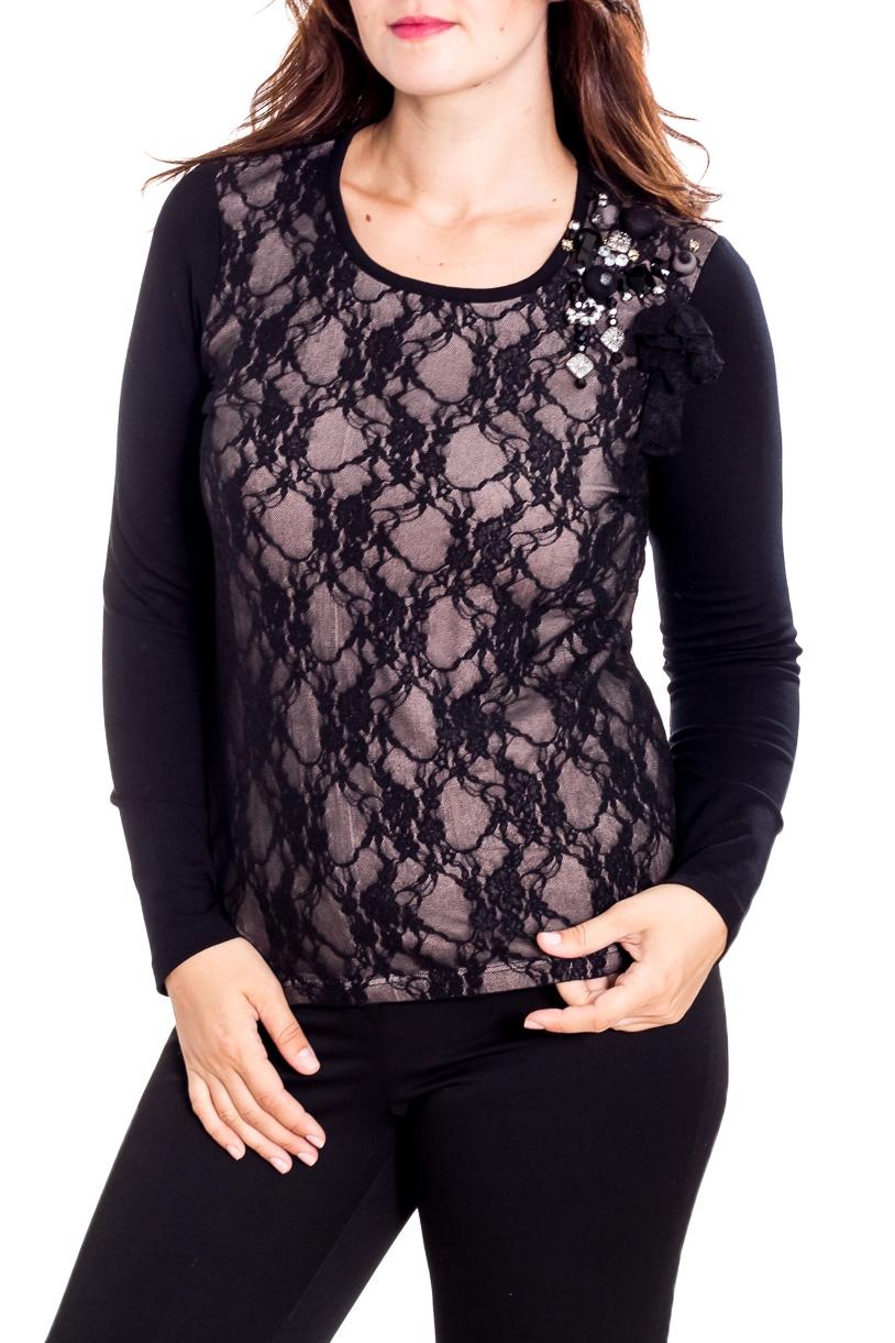 БлузкаБлузки<br>Нарядная блузка с длинными рукавами. Модель выполнена из мягкого трикотажа с отделкой из гипюра. Отличный выбор для любого торжества.  В изделии использованы цвета: черный, бежевый  Рост девушки-фотомодели 180 см<br><br>Горловина: С- горловина<br>По материалу: Гипюр,Трикотаж<br>По рисунку: Однотонные<br>По сезону: Весна,Зима,Лето,Осень,Всесезон<br>По силуэту: Приталенные<br>По стилю: Нарядный стиль,Повседневный стиль<br>Рукав: Длинный рукав<br>Размер : 48<br>Материал: Трикотаж + Гипюр<br>Количество в наличии: 1