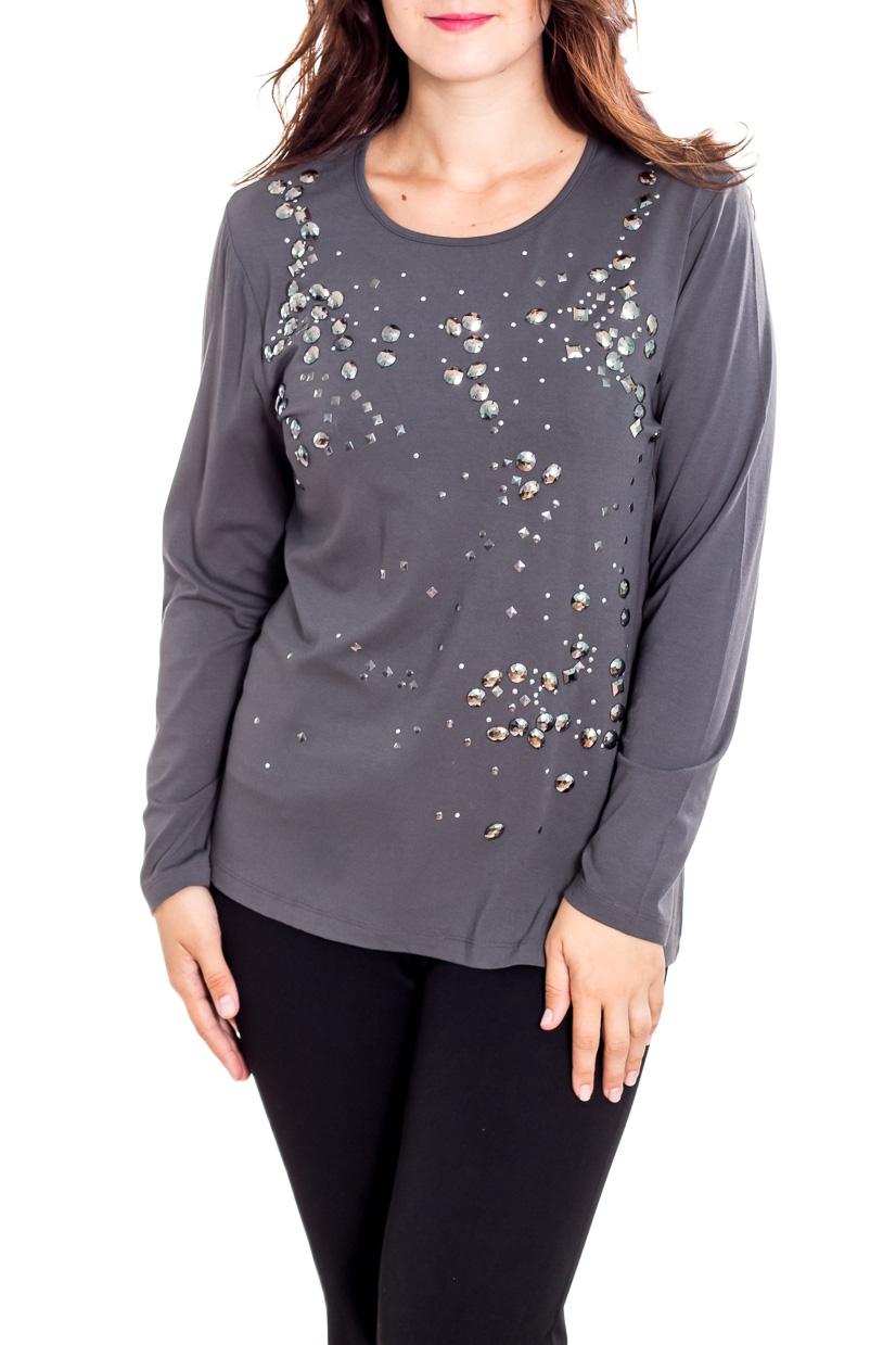 БлузкаБлузки<br>Нарядная блузка с длинными рукавами. Модель выполнена из мягкого трикотажа. Отличный выбор для любого торжества.  В изделии использованы цвета: серый  Рост девушки-фотомодели 180 см<br><br>Горловина: С- горловина<br>По материалу: Вискоза,Трикотаж<br>По рисунку: Однотонные<br>По сезону: Весна,Зима,Лето,Осень,Всесезон<br>По силуэту: Приталенные<br>По стилю: Нарядный стиль,Повседневный стиль<br>По элементам: С декором,С отделочной фурнитурой<br>Рукав: Длинный рукав<br>Размер : 50,52<br>Материал: Вискоза<br>Количество в наличии: 2